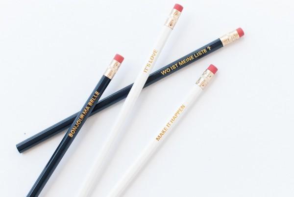 Bleistifte mit goldenen Sprüchen